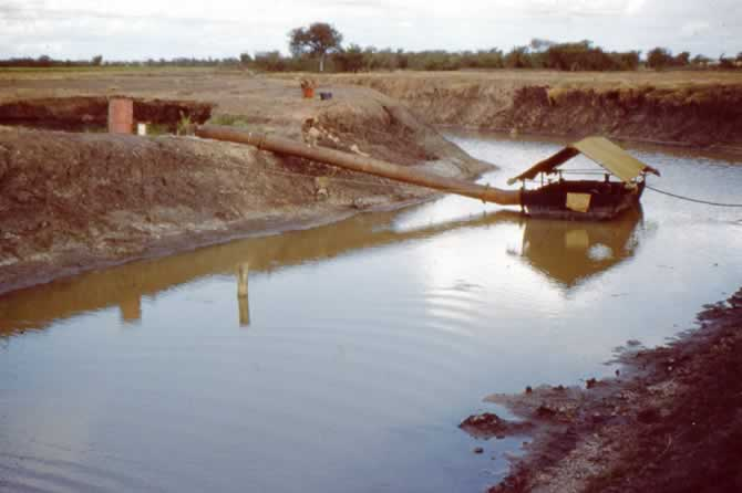 pump on irrigation channel